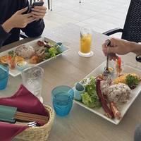 アグー豚のソーセージ沖縄地鶏ハムのプレート