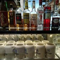 一番人気のレーベンブロイ中ジョッキの他に、メニューに載っていないアルコールも作ってくれます