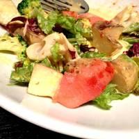 スモークサーモンのサラダ ニョニャマヨネーズソース