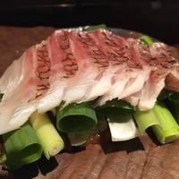 鯛と九条葱の朴葉味噌焼き