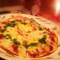 ミートソースのピザ