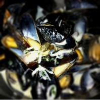 ムール貝のマリニール 白ワイン蒸し