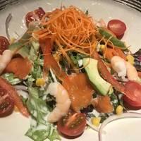 彩り海の幸サラダ