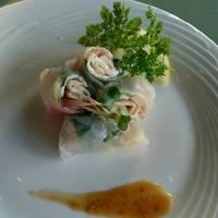 松坂豚の生春巻 胡麻風味
