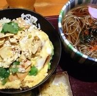 湯葉丼と蕎麦のセット