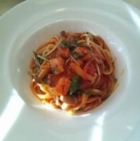 サーモンのトマトソーススパゲティ