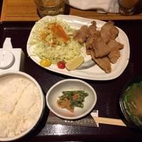 国産豚のヒレ唐揚げ定食