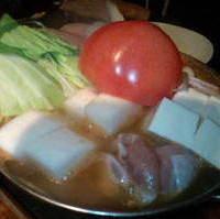 宮崎鶏と朝摘み野菜のトマト鍋