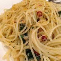 ズワイガニと水菜のペペロンチーノ