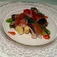 産直鮮魚のカルパッチョトマトのジュレと共に