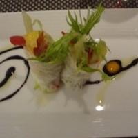 シャキシャキ野菜とメバチマグロの生春巻き