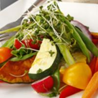 山崎農園の有機野菜サラダ