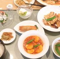 華 紋ごうイカと鶏肉の炒め