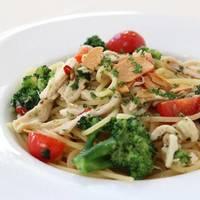 菜彩鶏と八幡平野菜のペペロンチーノ