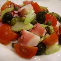 柔らかタコとトマト、オリーブのイタリアンマリネ