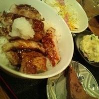 バームクーヘン豚のトンテキ丼