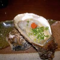 新鮮な天然生牡蠣・刺身10点盛り