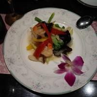 海鮮と季節野菜の塩炒め