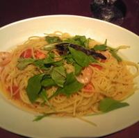小海老とハーブ野菜のガーリックソース