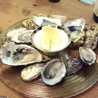 旬の殻付き生牡蠣3種盛り合わせ