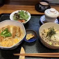 カツ丼とミニ蕎麦のセット