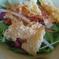 豆腐と揚げ湯葉のサラダ