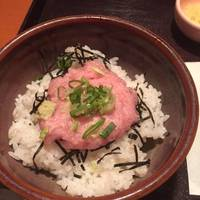 小丼とお蕎麦定食のネギトロ丼