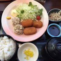 クリームコロッケと焼売定食(日替わりランチ)