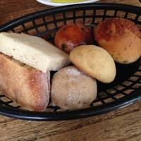 ランチコースのパン