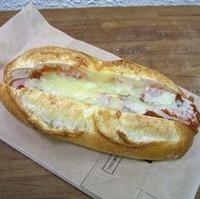 ウインナーラザニアパン