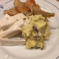 前菜3種の盛り合わせ(さつまいものサラダ、大根サラダ、ワカサギのマリネ)