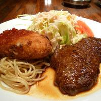 牛ロースステーキとクリームコロッケ