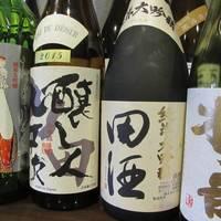 日本酒がいっぱい (^^♪