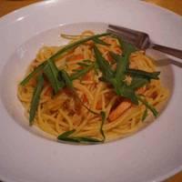 ズワイ蟹とチェリートマトのペペロンチーノスパゲッティーニ