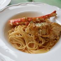 ウニとたらば蟹のトマトクリーム