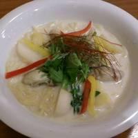 あつあつ広島牡蠣のチャウダー風スープパスタ