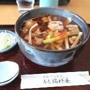 鳥肉そば(800円)