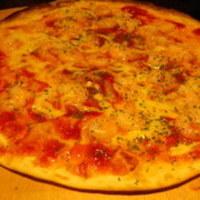 小海老とトマトのクリスピーピザ
